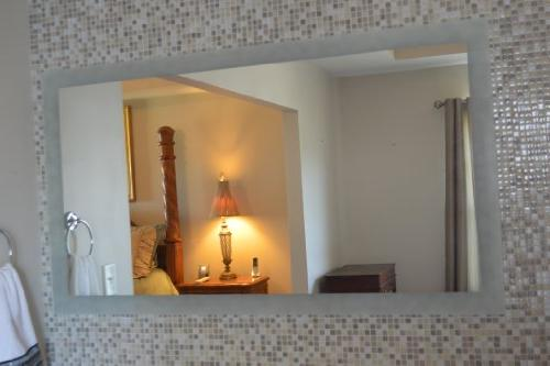 """Mirrors and Marble Commercial Grade x 36"""" Side Lighted Mirror"""